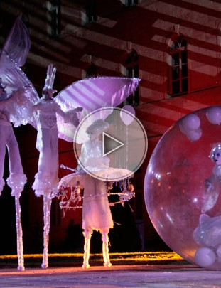 stilt walker, stilts walkers, toys, bubble, giant bubble, transparent bubble