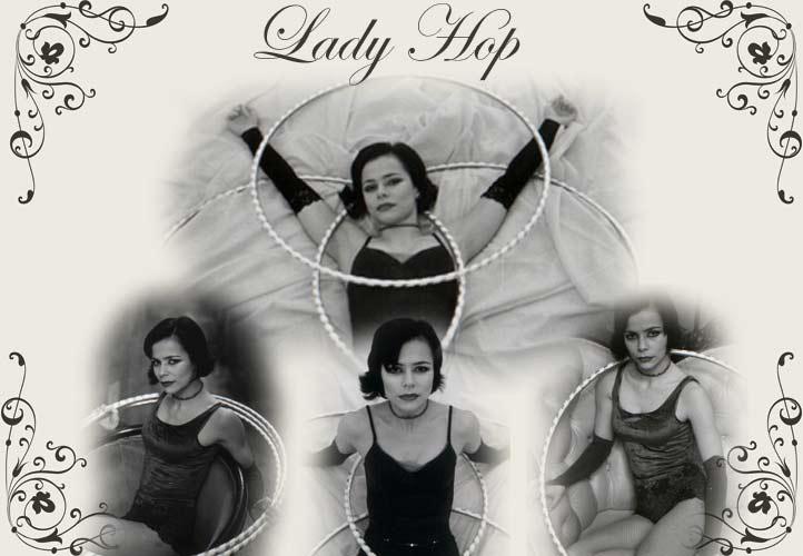 hula-hop, hula hop, hula hoop, circus act, circus performer, entertainment performer,